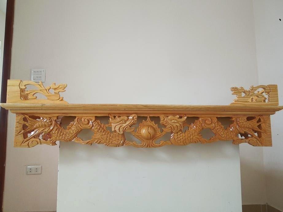 Ý nghĩa bàn thờ treo tường chạm rồng trong văn hóa tâm linh Việt